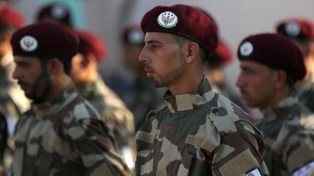 Турция изгражда лоялна армия в Северна Сирия и зони за завръщане на бежанци