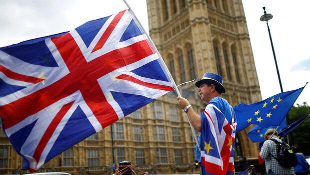 Евродепутати са против Лондон да обработва по азбучен ред молбите за пребиваване след Брекзит