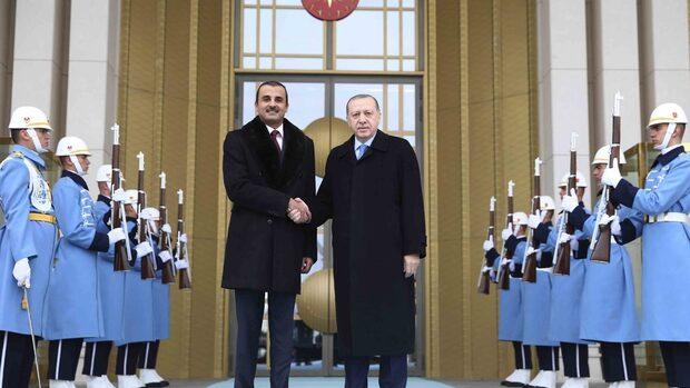 """Емирът на Катар е подарил на Ердоган """"Боинг"""" за 400 млн. долара"""