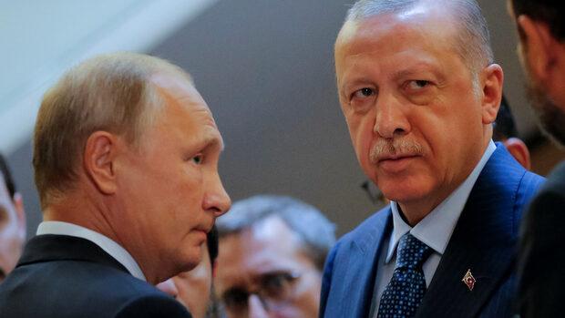 Путин и Ердоган обявиха нова буферна зона в Идлиб