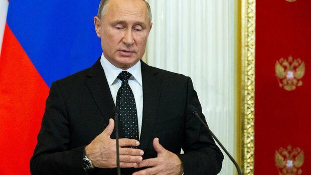 Всички ще забележат мерките на Русия заради сваления самолет в Сирия, каза Путин