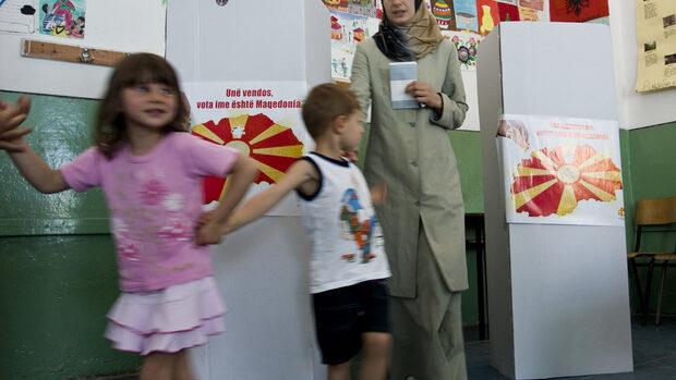 Активността на референдума в Македония не е важна, реши избирателната комисия