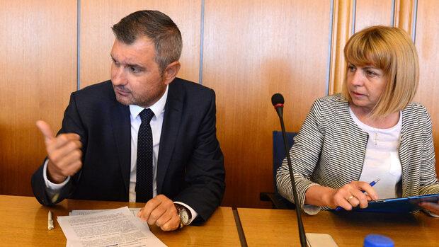 """Според ГЕРБ критиките към ремонта на """"Граф Игнатиев"""" напомняли приказказката за """"Нероден Петко"""""""