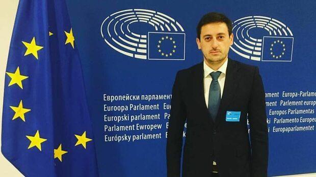 Цитат на деня: Сега се делим на македонци и северномакедонци