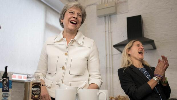 """Туск настоява Мей да представи """"конкретни предложения"""" за Брекзит"""