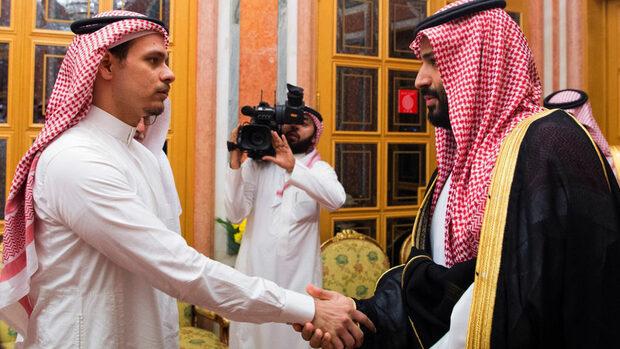 "Десетки саудитски принцове подкрепят брата на краля за престолонаследник, пише ""Ройтерс"""
