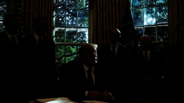 Междинните избори може да послужат като политически дезинфектант за Белия дом