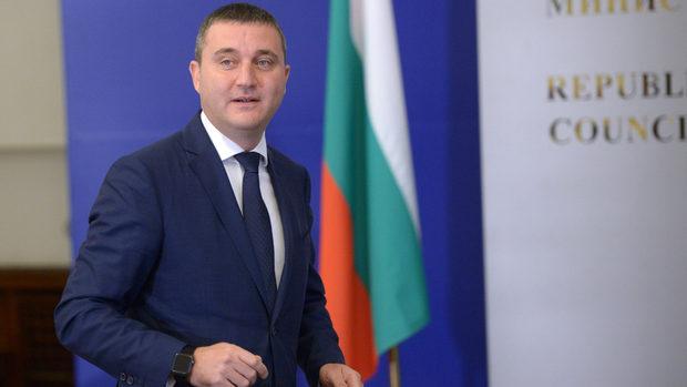 Горанов: Няма предпоставки за предсрочни избори, а болни амбиции