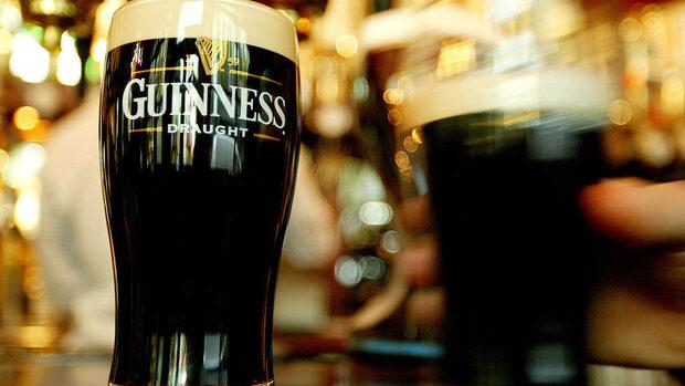 """Брекзит заплашва износа на ирландската бира """"Гинес"""""""
