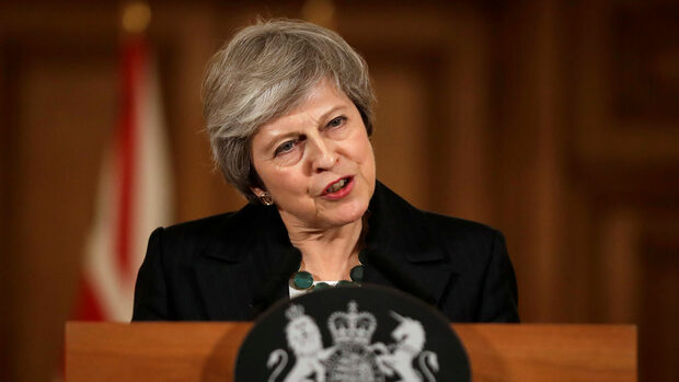 Отстраняването ми няма да направи Брекзит по-лесен, предупреди Мей