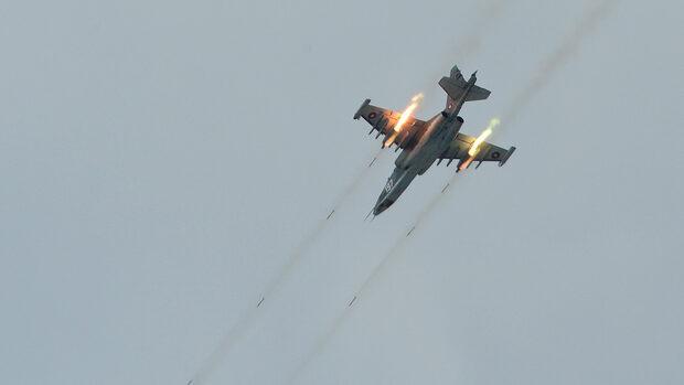 Кабинетът прехвърли за тази година 100 млн. лв. за ремонти на Су-25