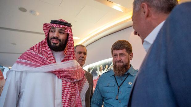 Защо саудитският престолонаследник посещава съюзниците си преди Г-20