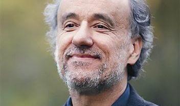 Почина македонският драматург Горан Стефановски