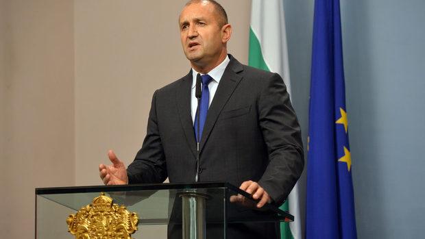 Президентът наложи вето на двудневния арест без уведомяване
