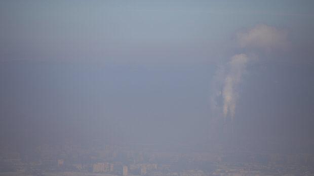 Екоминистерството дава над 111 млн. лв. на 7 общини, за да подобрят качеството на въздуха