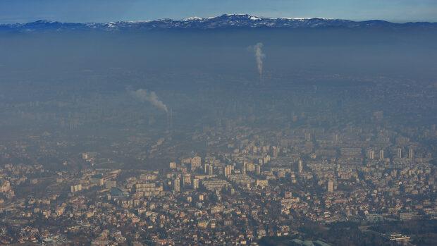 Мръсният въздух в София тази сутрин е три пъти над нормата