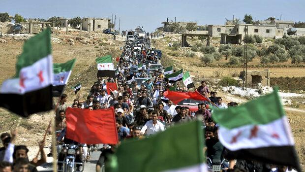 Сирийската опозиция е безпомощна след 8 години война