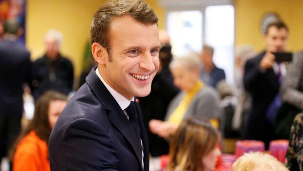 Партията на Макрон иска да превърне евроизборите в дуел с Льо Пен