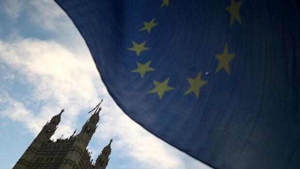 Великобритания ще прекрати свободното движение на хора при Брекзит без сделка