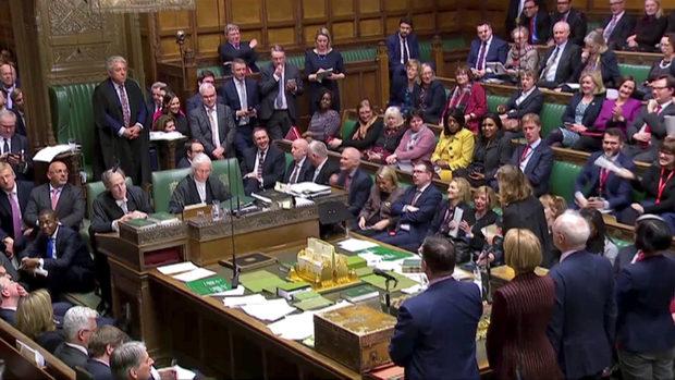 Британският парламент поиска нови преговори с ЕС; Брюксел отказа