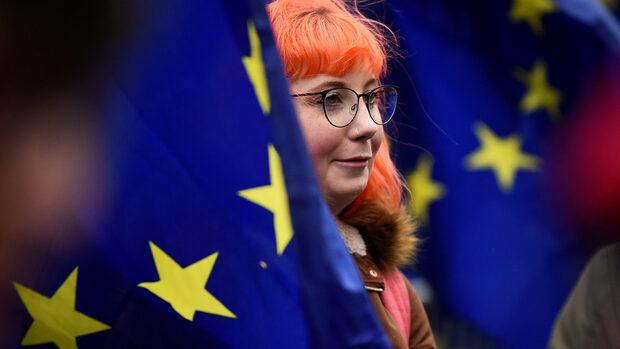 ЕС планира безвизов режим за британците и при Брекзит без сделка