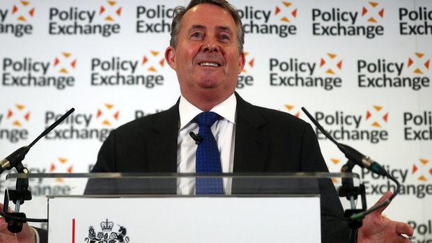 Ще е безотговорно ЕС да откаже да възобнови преговорите за споразумение, смята британски министър
