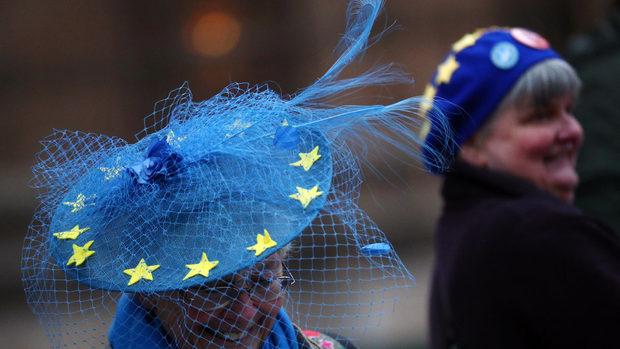 Повечето британци, искащи оставане в ЕС, не подкрепят лейбъристите