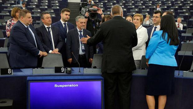 От Джамбазки до Станишев и Бареков - колко активни са българските евродепутати