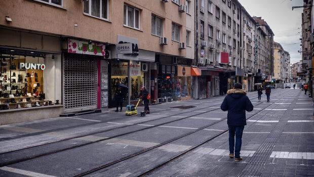 """Ремонтът на улица """"Граф Игнатиев"""" ще продължи поне до юни"""