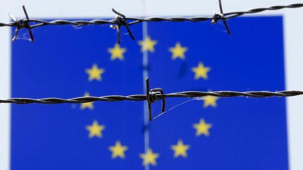 Антиевропейските партии може да парализират ЕС след евроизборите, сочи доклад