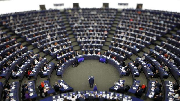 Антиевропейците са опасни за българския национален интерес