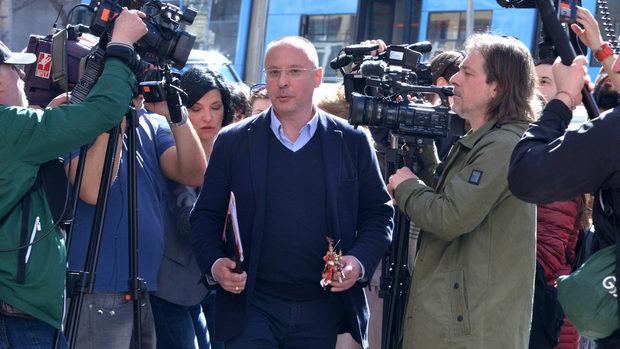 БСП да не смята за даденост шанса си да победи ГЕРБ на евровота, предупреди Станишев