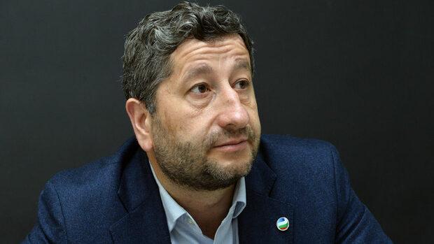 Христо Иванов: Прокурорите в България трябва да бъдат намалени наполовина (видео)