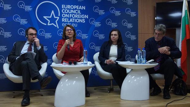 """""""Може за пръв път да имаме избори за Европарламент"""" или как да се отговори на популистите"""