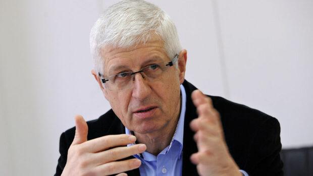 Високият рейтинг на президента вкара Иво Христов в евролистата на БСП, смята Овчаров