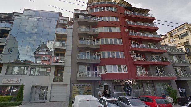 Красимир Каракачанов не е декларирал тераса от 117 кв.м