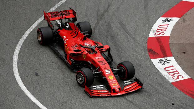 """След шест старта без победа """"Ферари"""" няма да прави подобрения по болида си"""