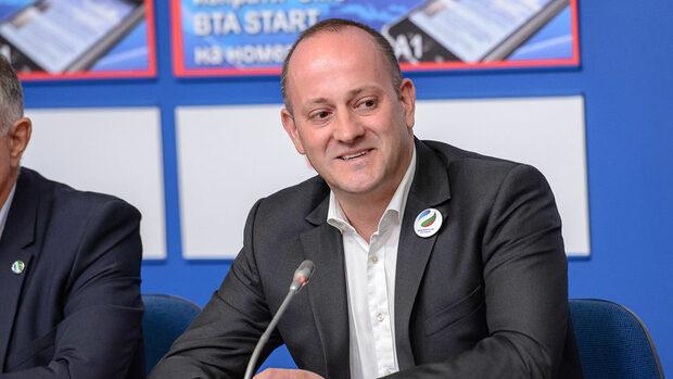 Радан Кънев: Имаме пробив в поколението, което не помни само сини и червени