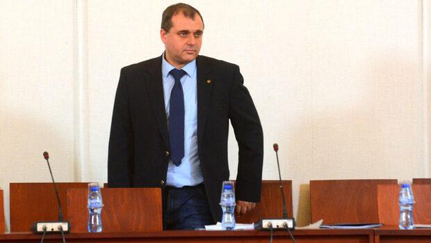 ДПС неистово купуваше гласове, обяви Искрен Веселинов