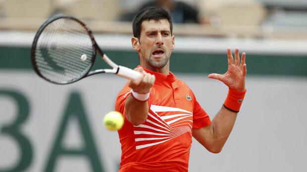 """Джокович стигна четвъртфиналите в """"Ролан Гарос"""" за десета поредна година"""
