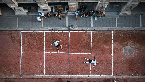 "Видео: Ремонтът на улица ""Иван Вазов"" роди нов тенис турнир"