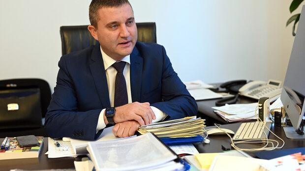 """Ако останат пари в бюджета за 2019 г., Горанов ще настоява да отидат за """"Хемус"""""""