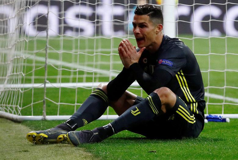 """Този път Кристиано Роналдо не успя да се разпише срещу любимата си """"мишена"""""""