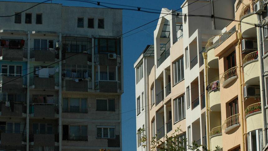 Прекалените инвестиции в имоти стават проблем за икономиката